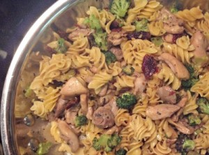 Reston Food Blog - Chicken Broccoli Garlic Sun Dried Tomatoes Pasta